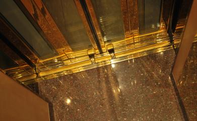 Création d'ascenseur avec découpe d'escalier